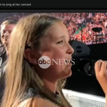 Pink invites 12-year-old fan to sing at her concert