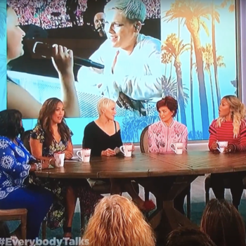 Victoria Anthony Magic with Pink on The Talk with Sharon Osborne & Lindsay Miller POPSUGAR